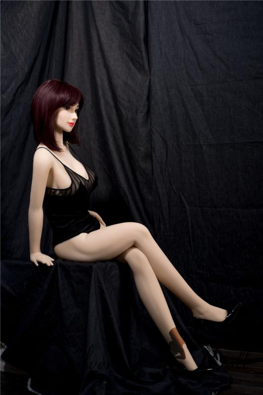Irontech Doll 158cm Alisa in black dress - The Silver Doll